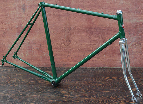 vintage bianchi lugged steel frame and fork large frame this road bike frame is is 57 cm center to center or 585cm center to top of top tube