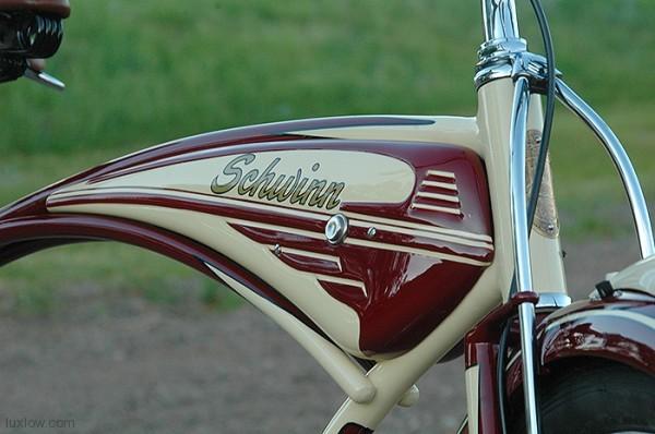 1948 Schwinn B 6 Post War Autocycle Deluxe Tank Cruiser Bike