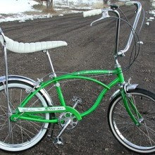 1965 Lime Schwinn Deluxe Stingray Bike 3 Speed